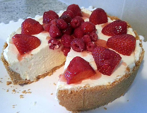 Creamy Vanilla Cheesecake from Pic-Nic blog. Example Post